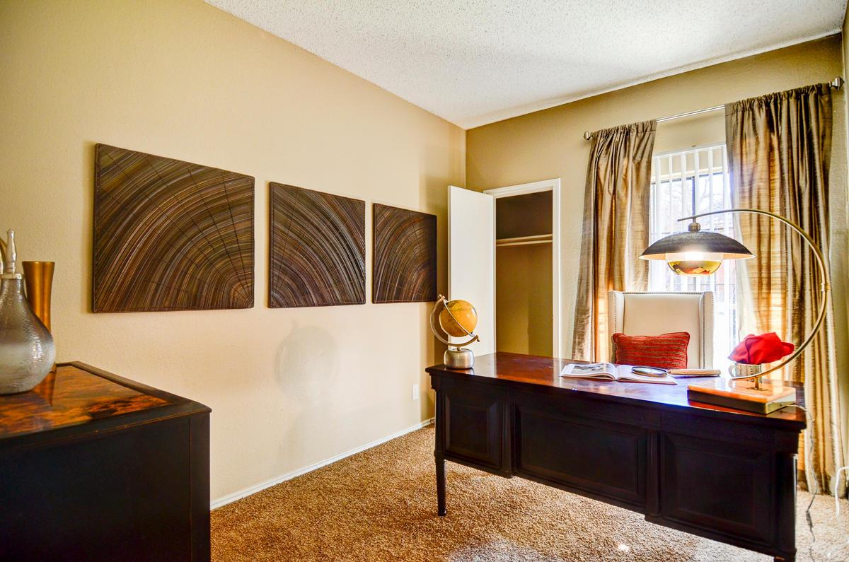 4804 Haverwood Apartments image 5
