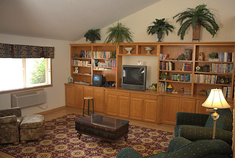 America's Best Inn - Annandale image 4