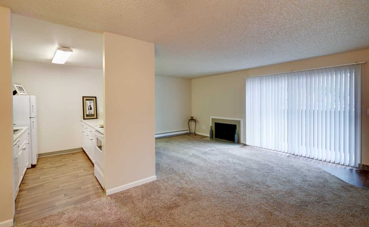 Arbor Chase Apartment Homes image 4