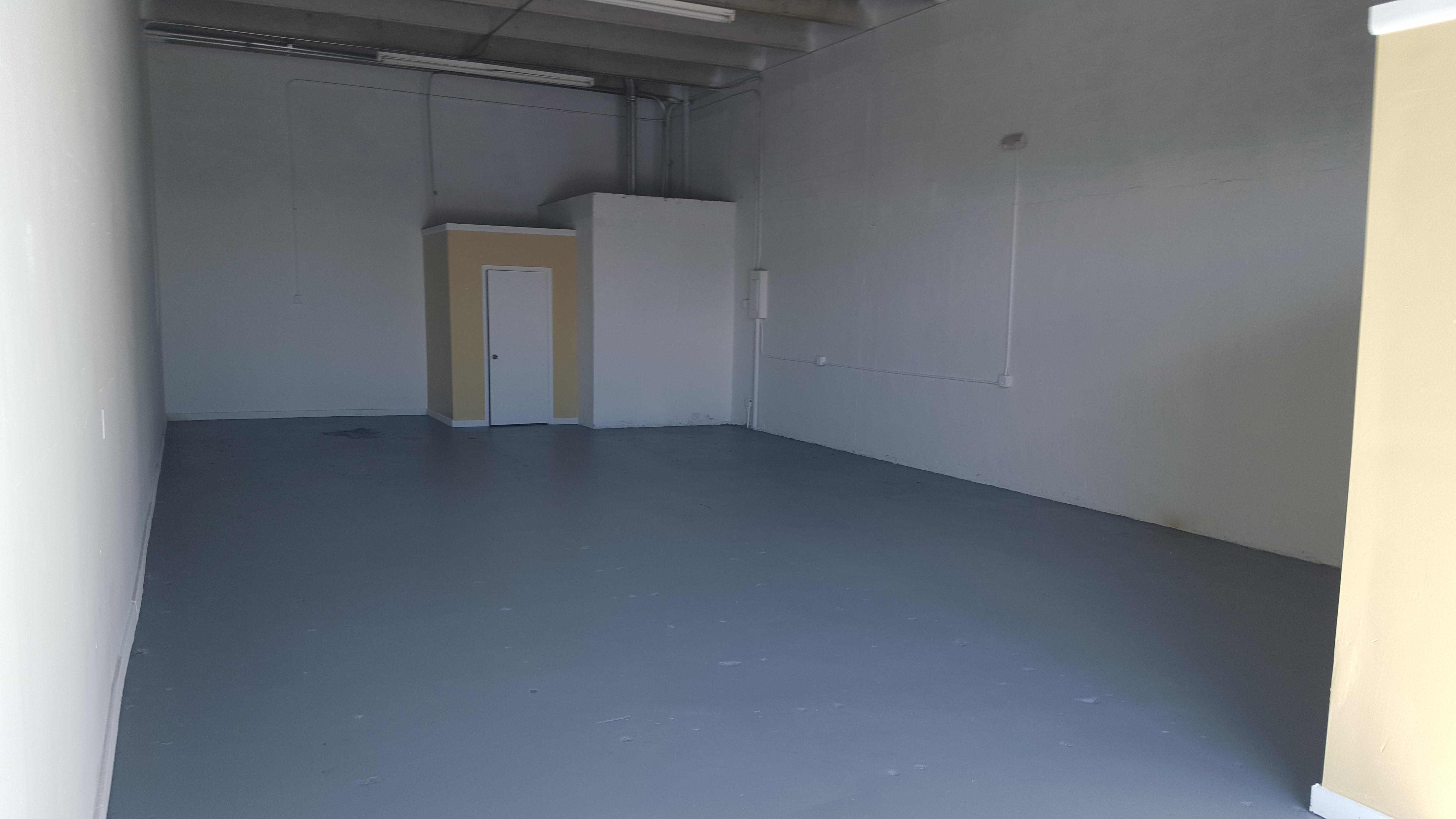 Warehouse for Rent in Miami image 7