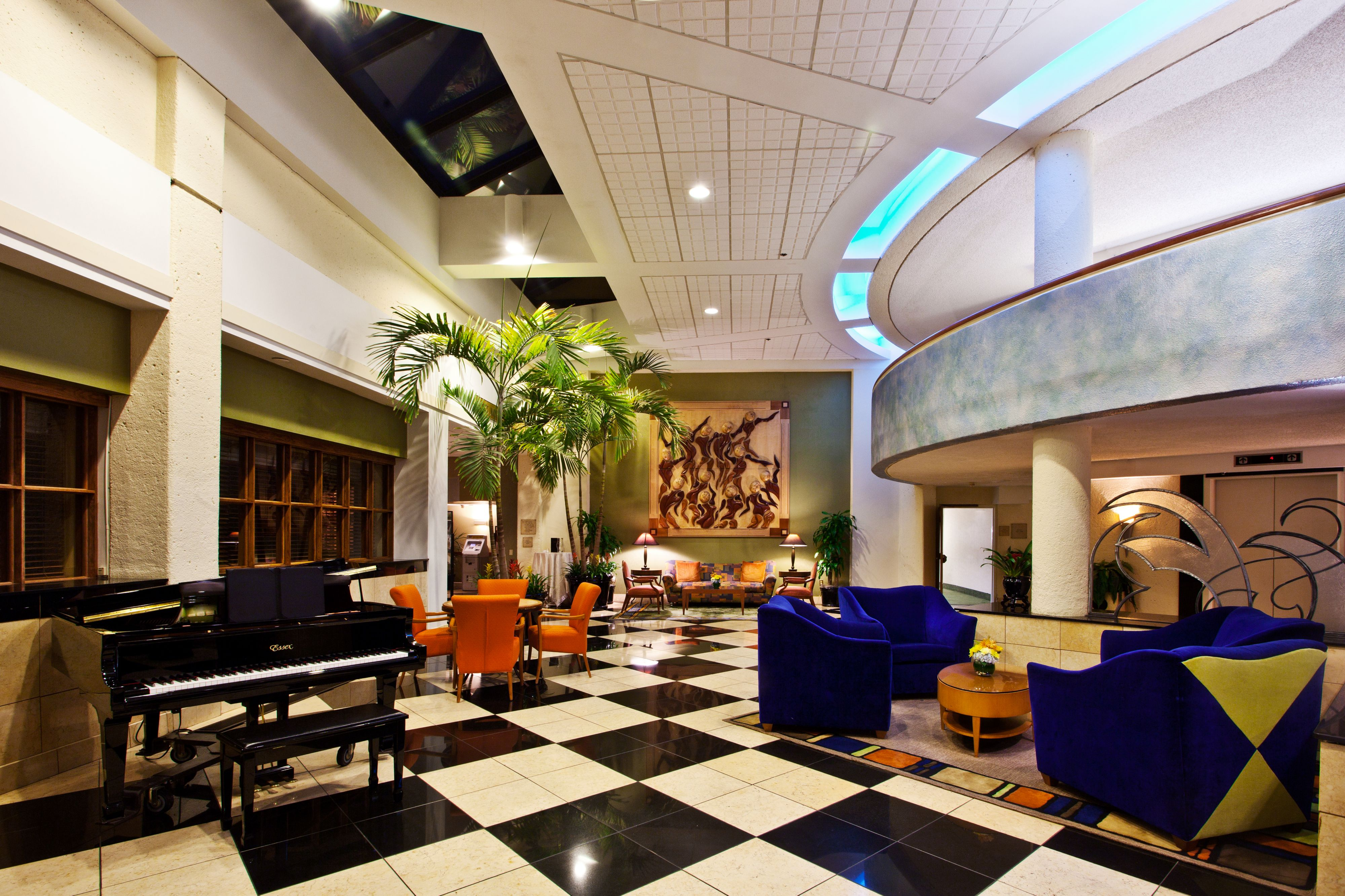 Crowne Plaza Fort Myers At Bell Tower Shops image 7