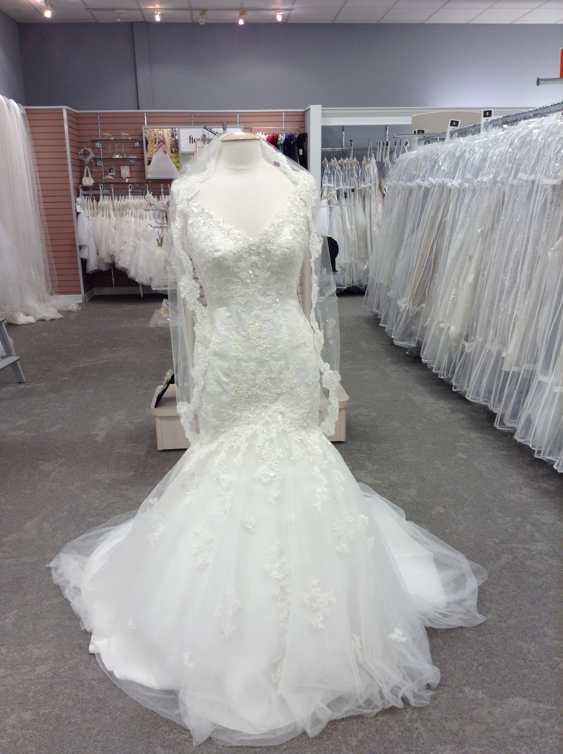 David's Bridal image 7