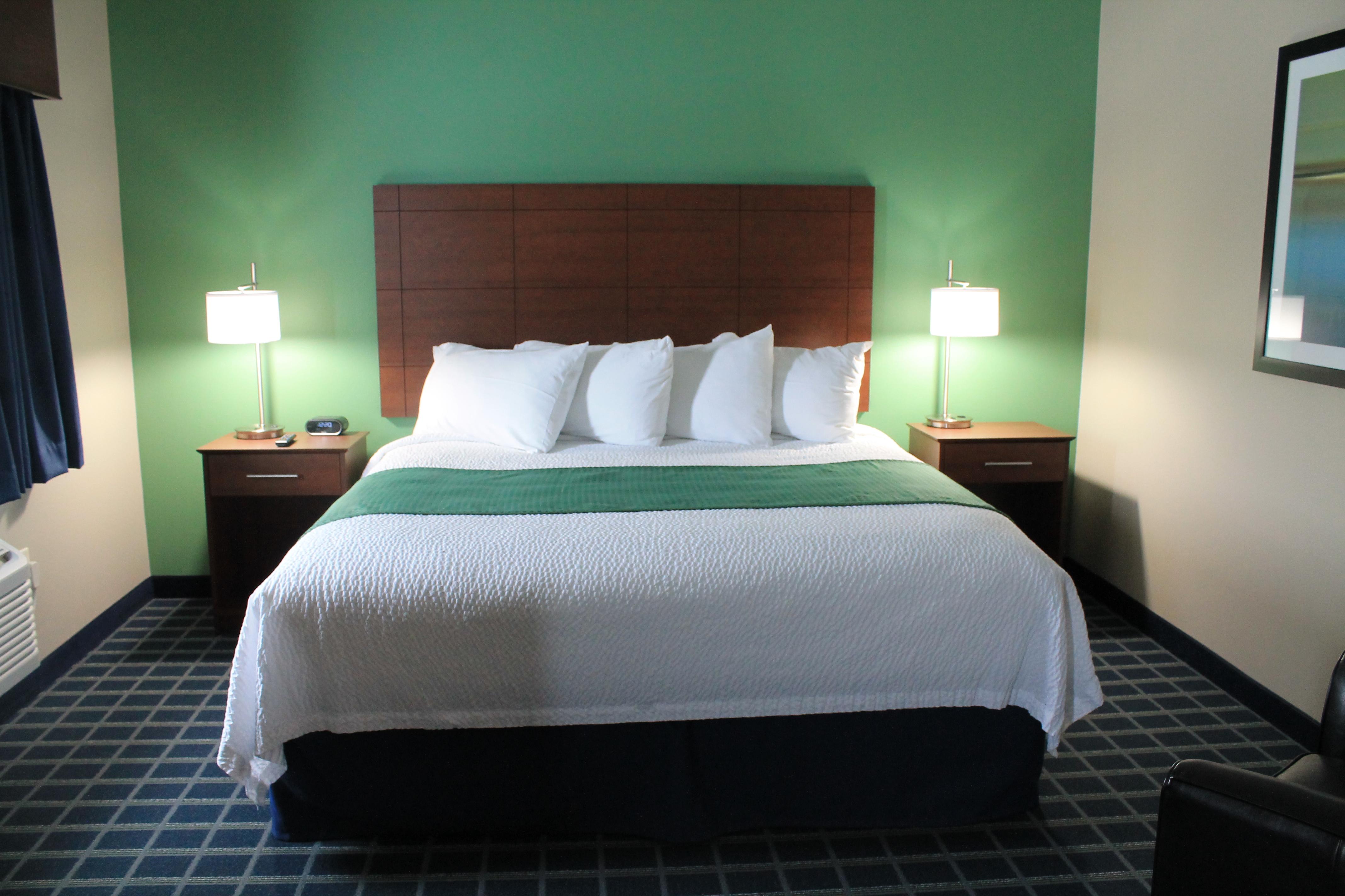 Brookstone Lodge & Suites image 6