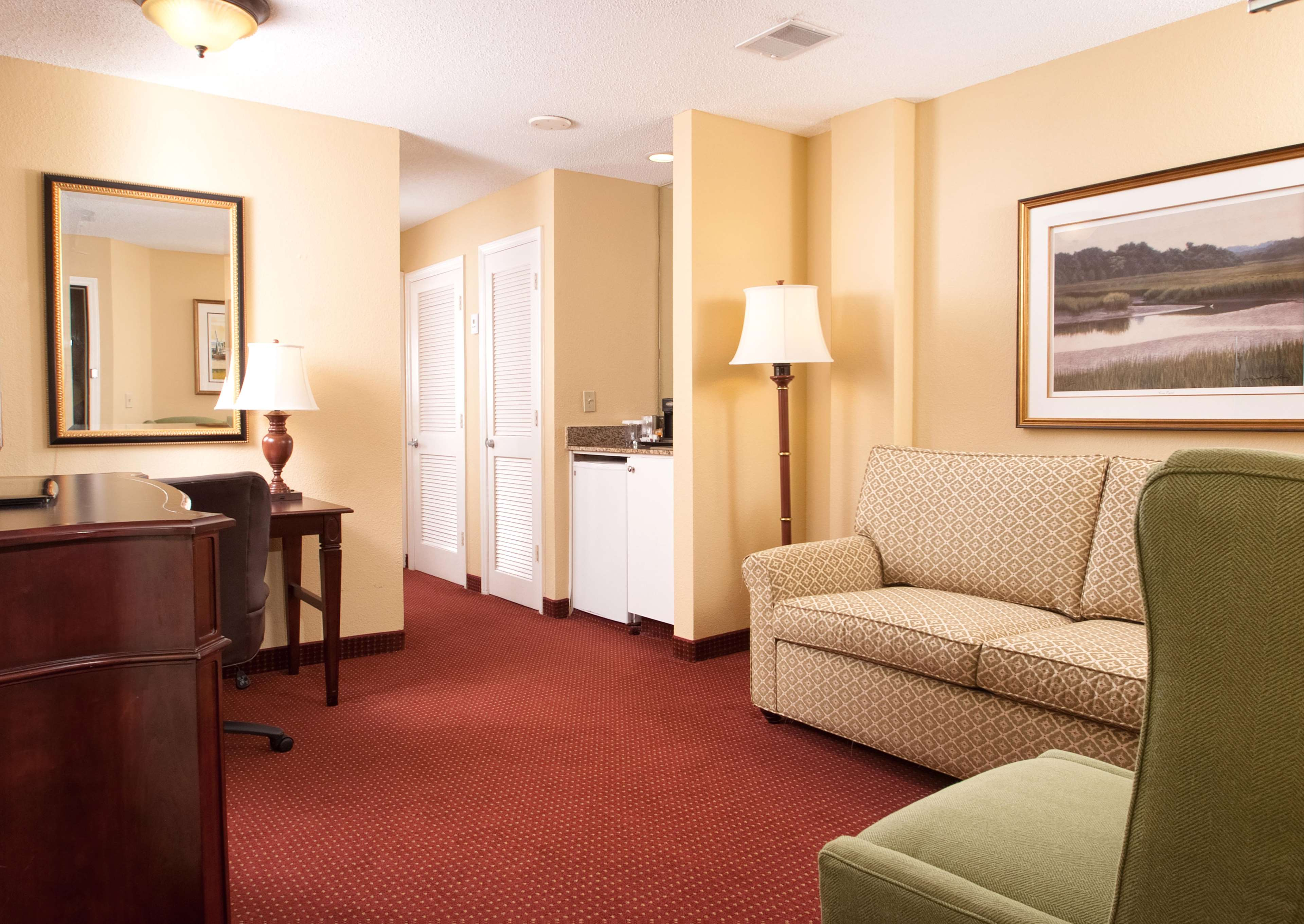 DoubleTree by Hilton Hotel & Suites Charleston - Historic District image 38