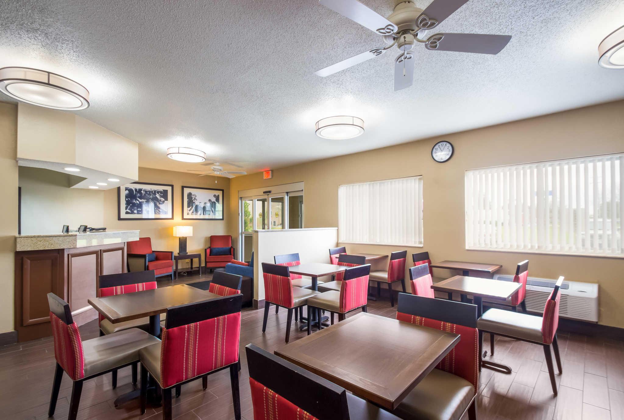 Comfort Inn image 28