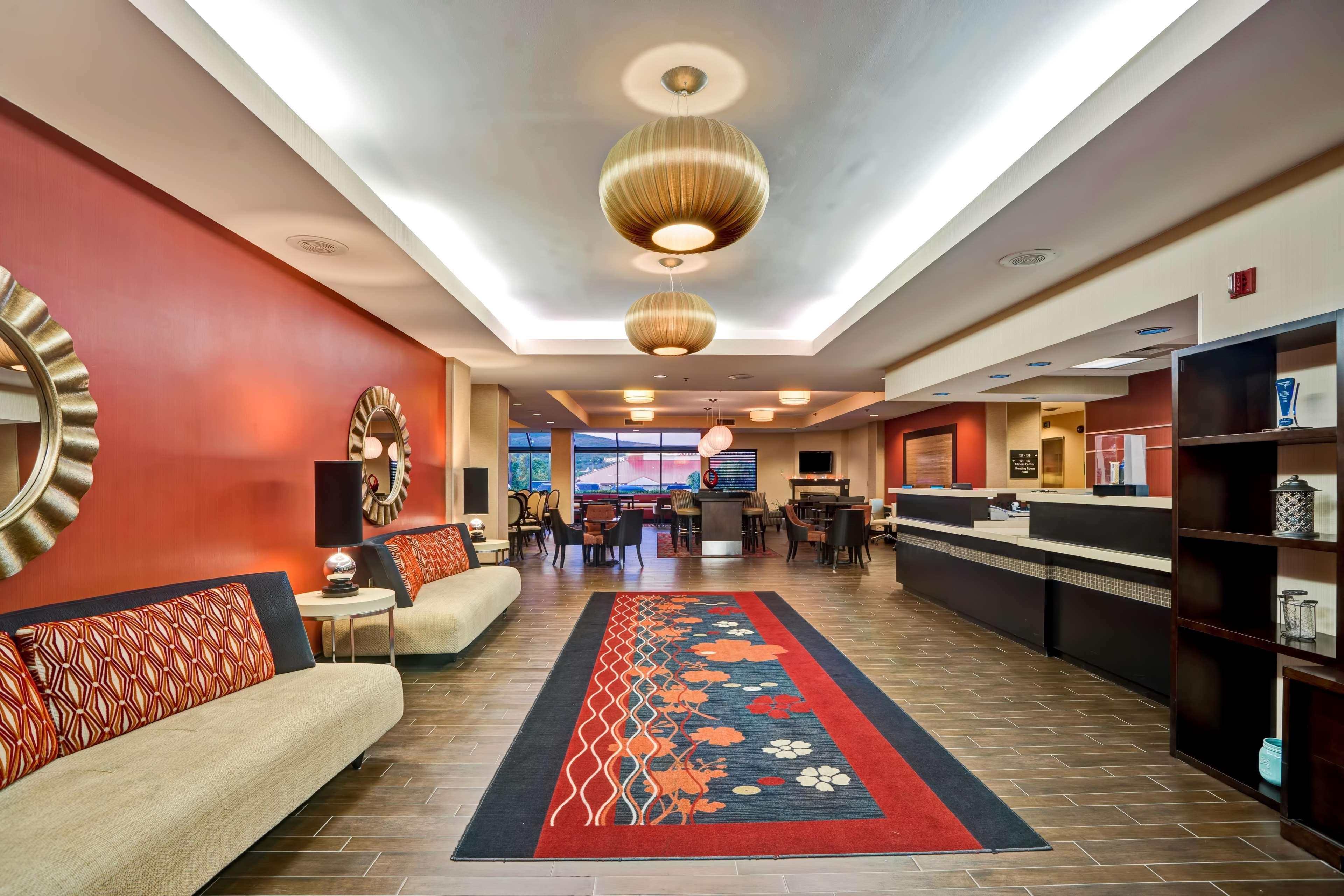 Hampton Inn Scranton At Montage Mountain image 5