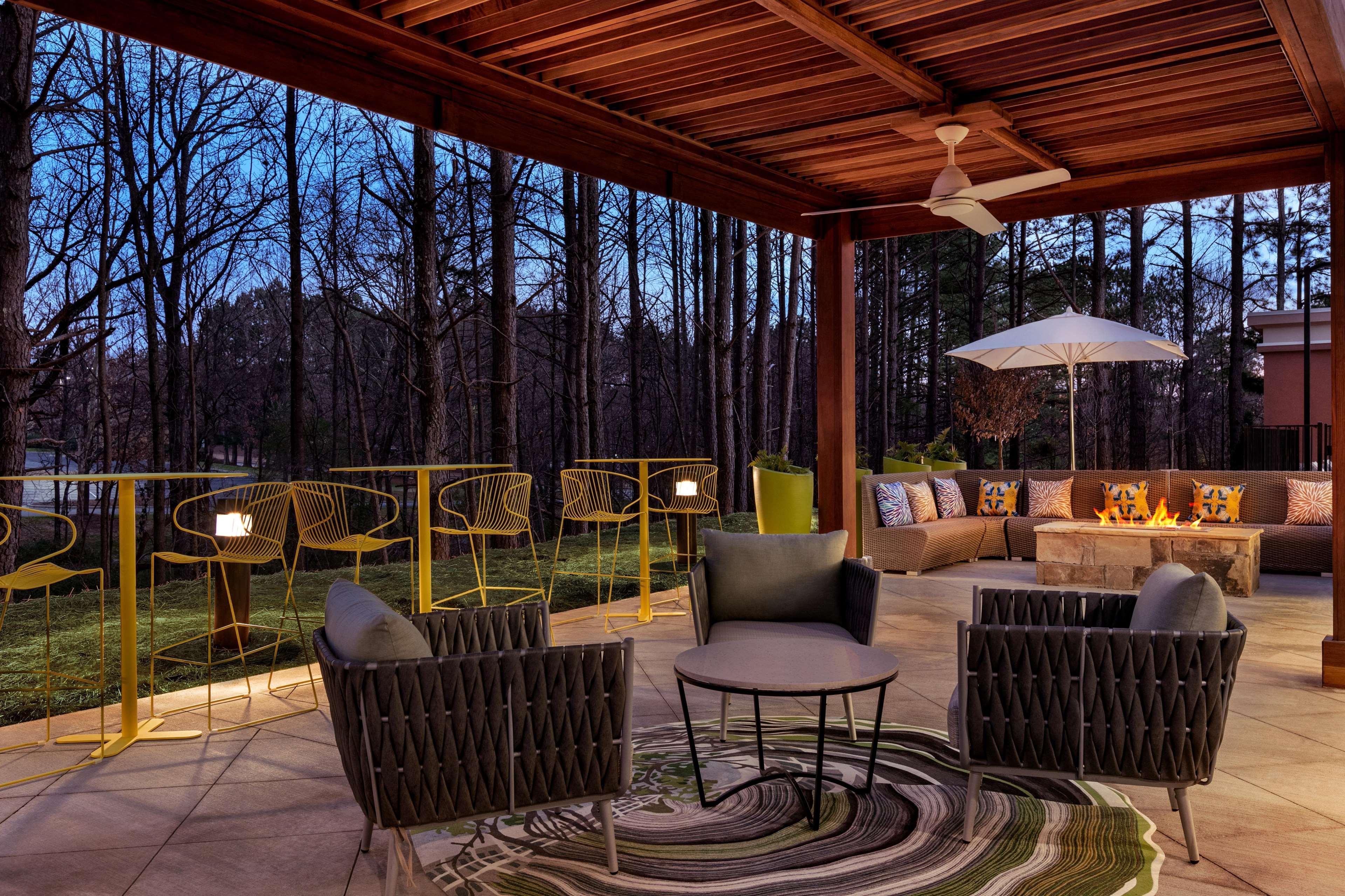 Hampton Inn and Suites Johns Creek image 1