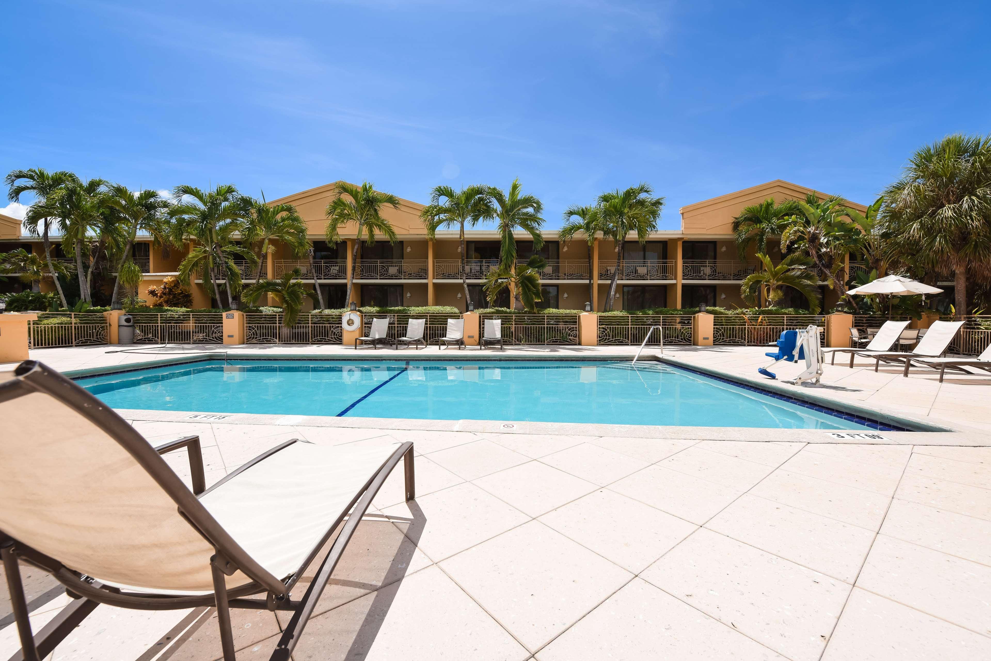 Hampton Inn Key Largo, FL image 11