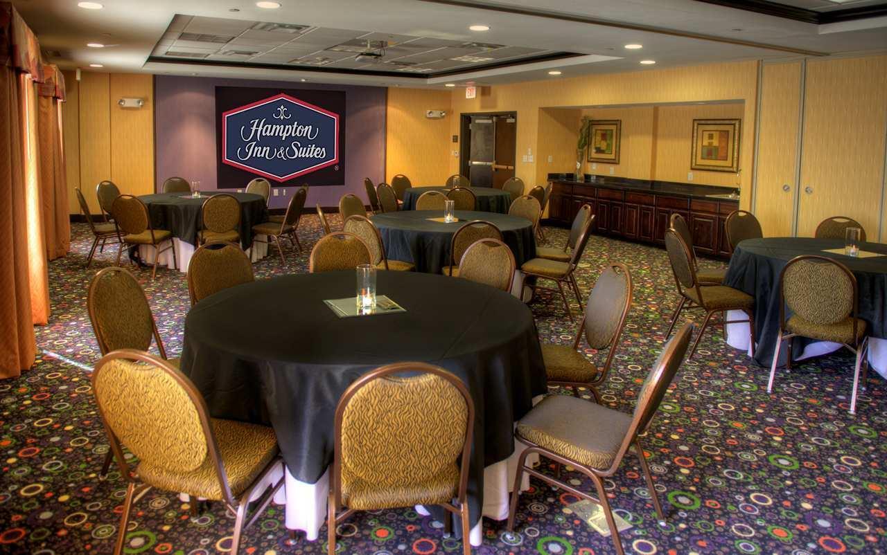 Hampton Inn & Suites Dallas/Lewisville-Vista Ridge Mall, TX image 28