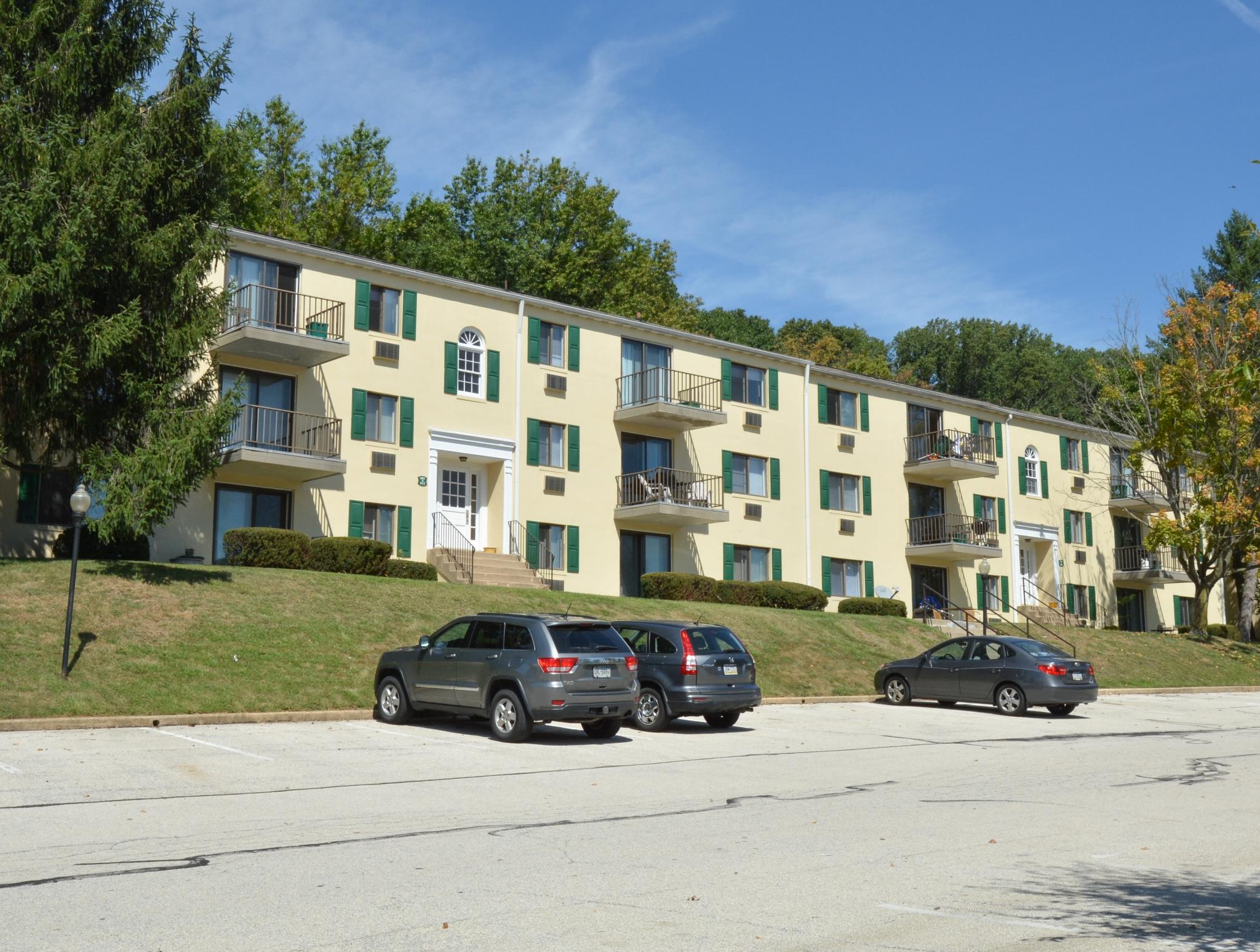Norwood House Apartments image 3