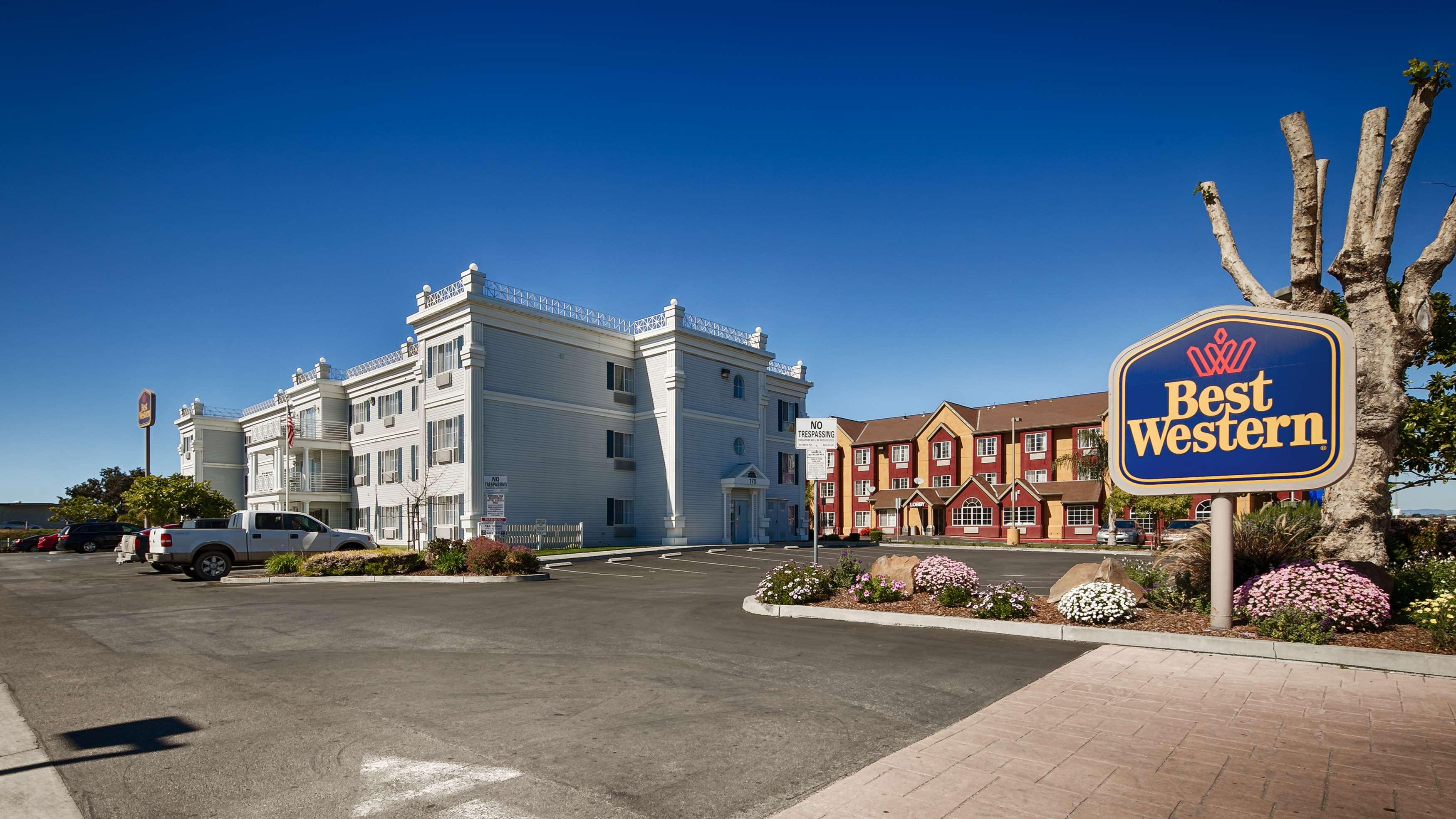 Casinos close to salinas ca - Tiger casino salary