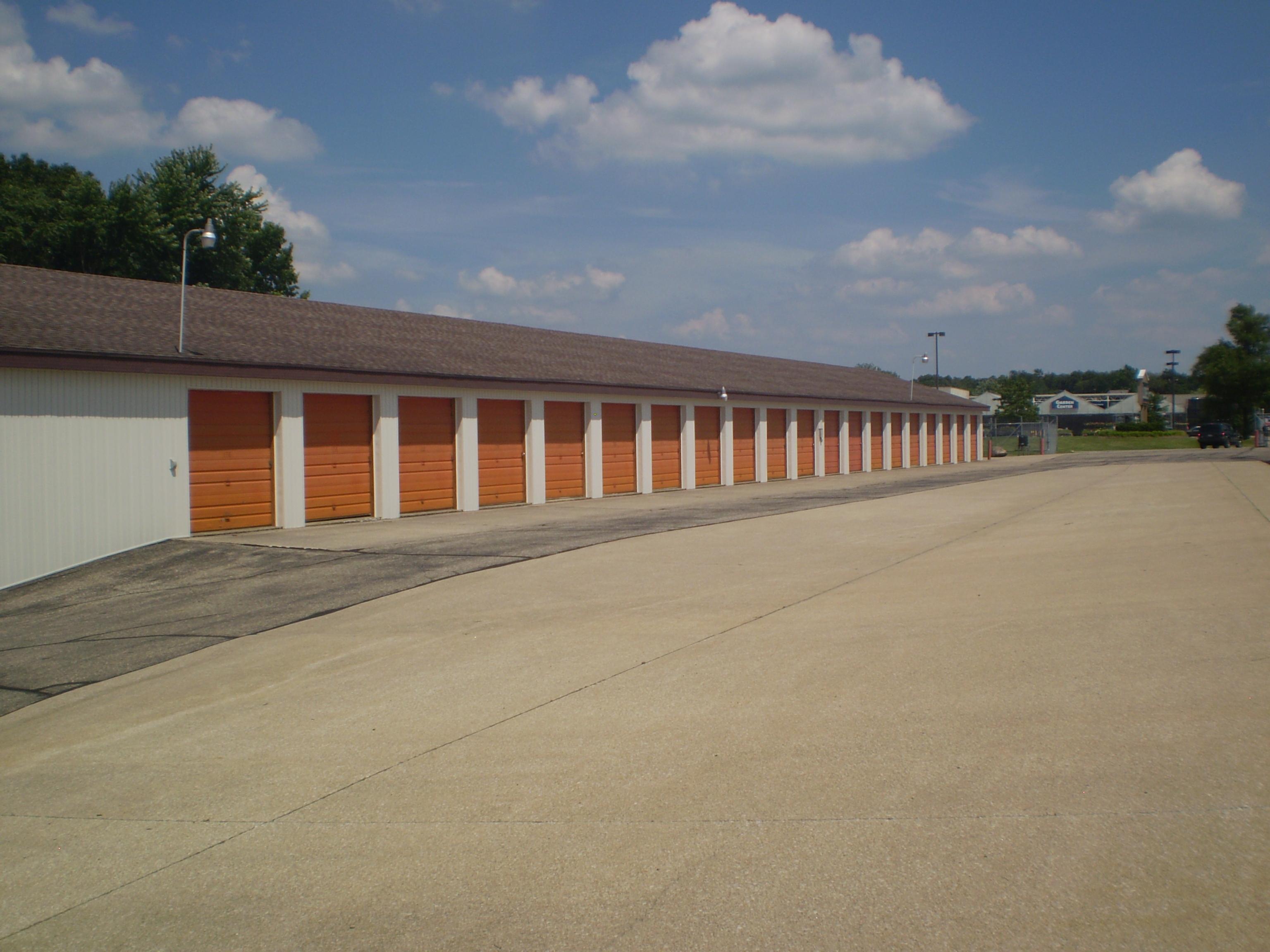 Master Mini Warehouse image 4