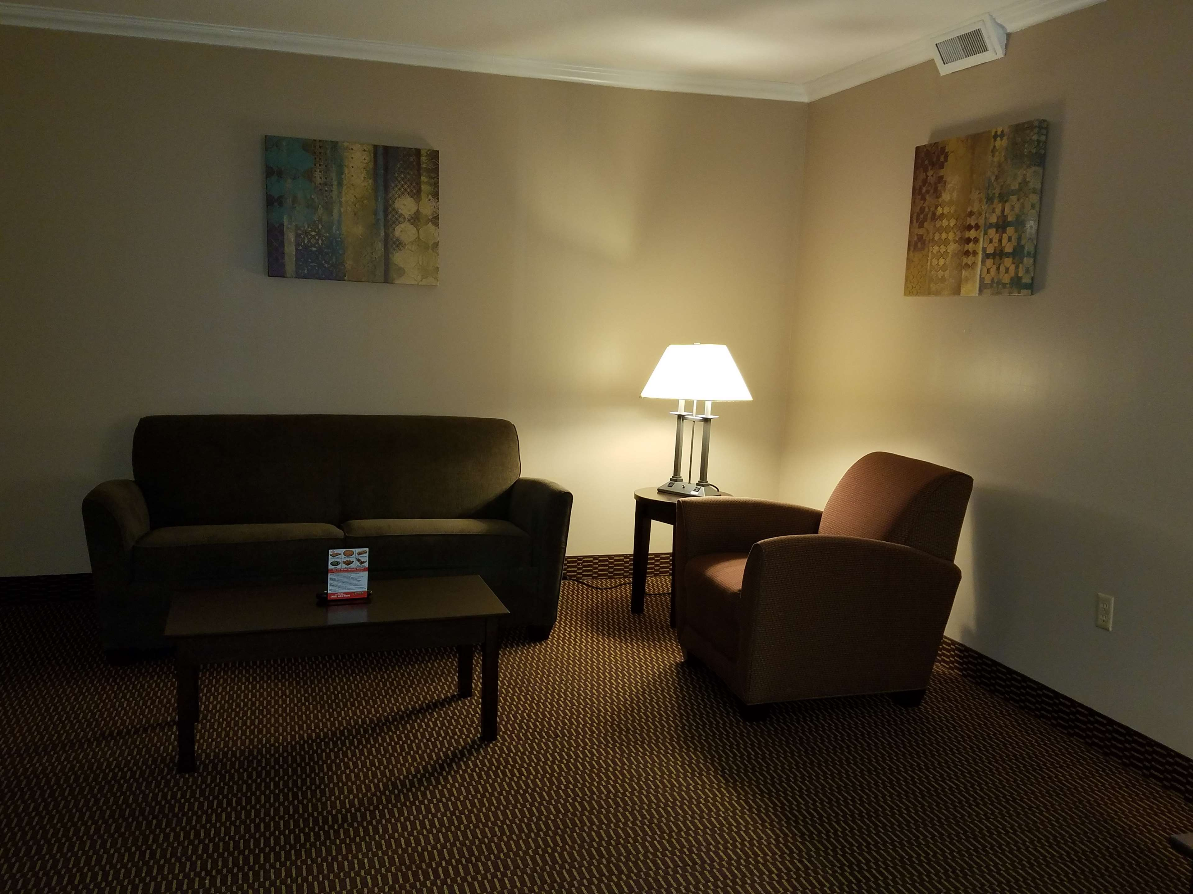 Best Western Valley Plaza Inn image 17