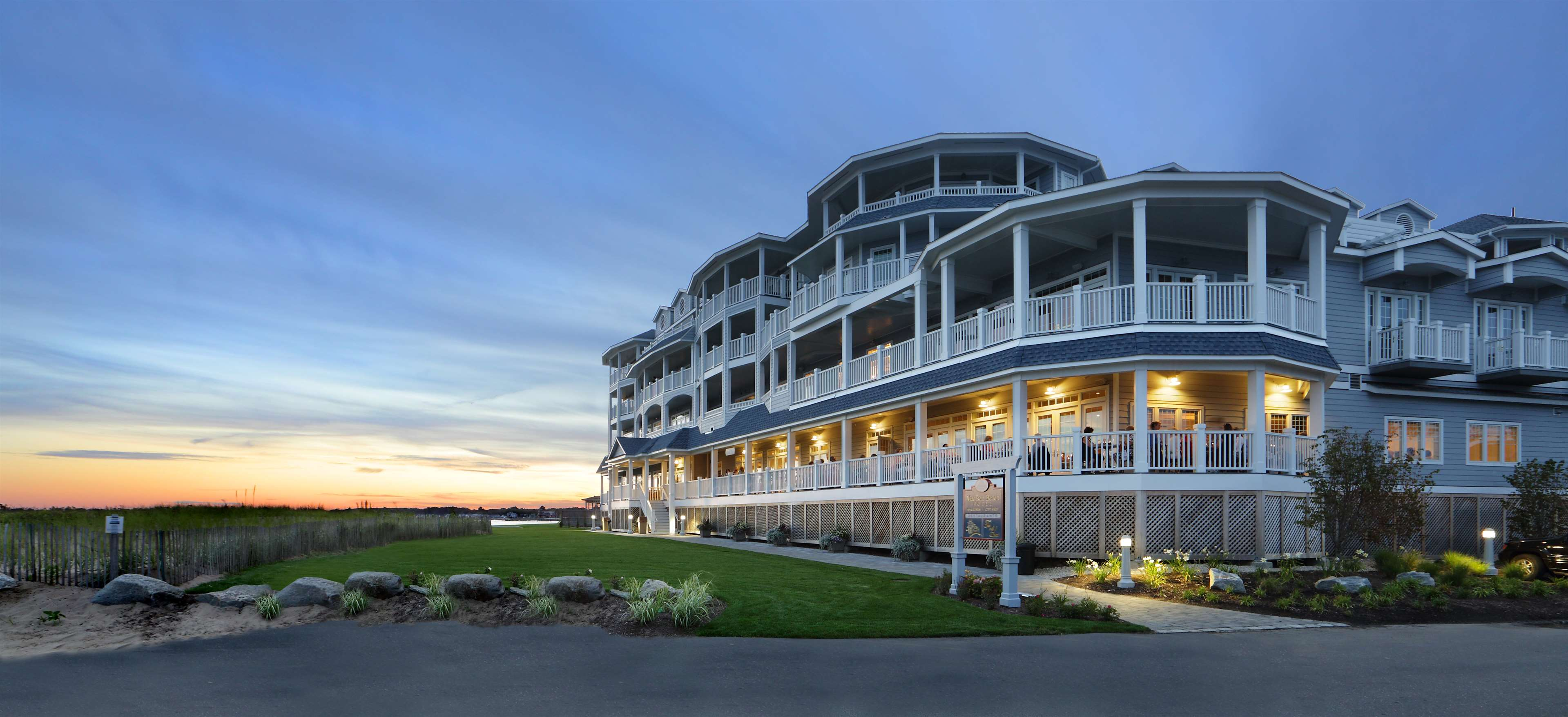 Madison Beach Hotel, Curio Collection by Hilton image 0