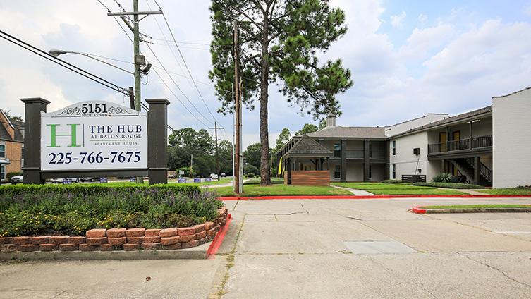 The Hub at Baton Rouge Apartment Homes image 11