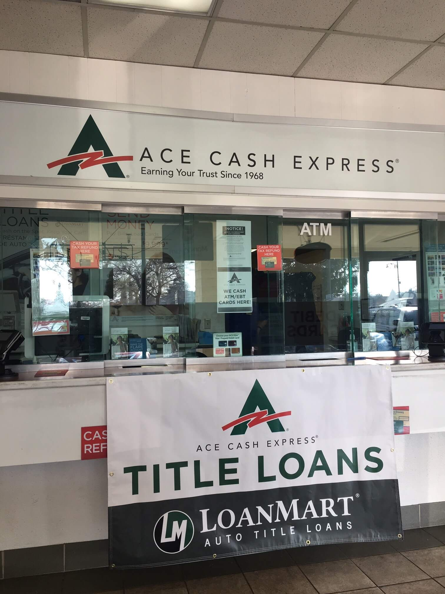 LoanMart Title Loans at ACE Cash Express image 3
