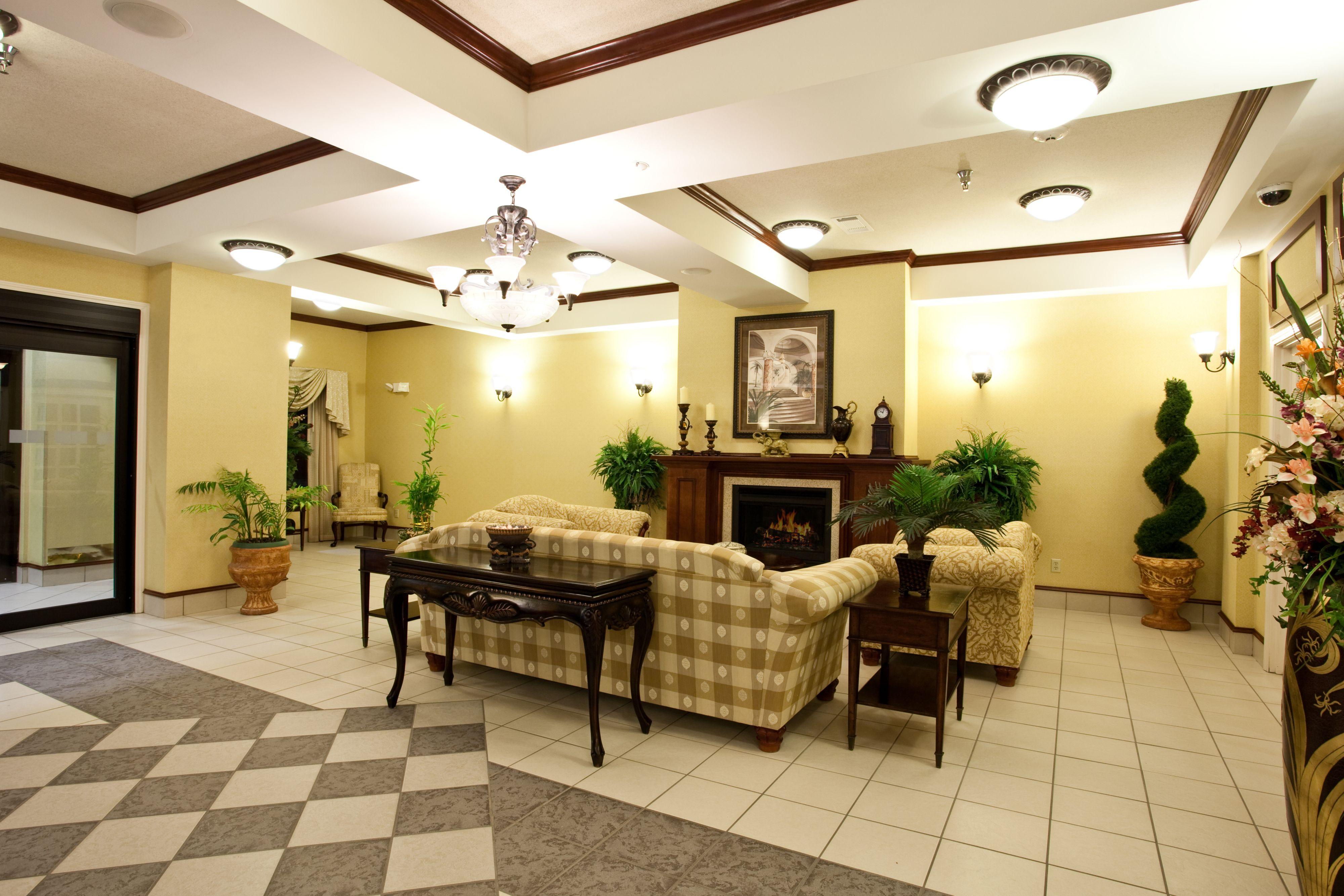 Holiday Inn Express Clanton image 6