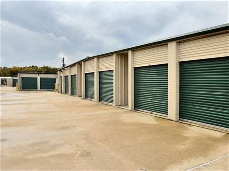 Extra space storage in houston tx 77025 citysearch for Storage 77080