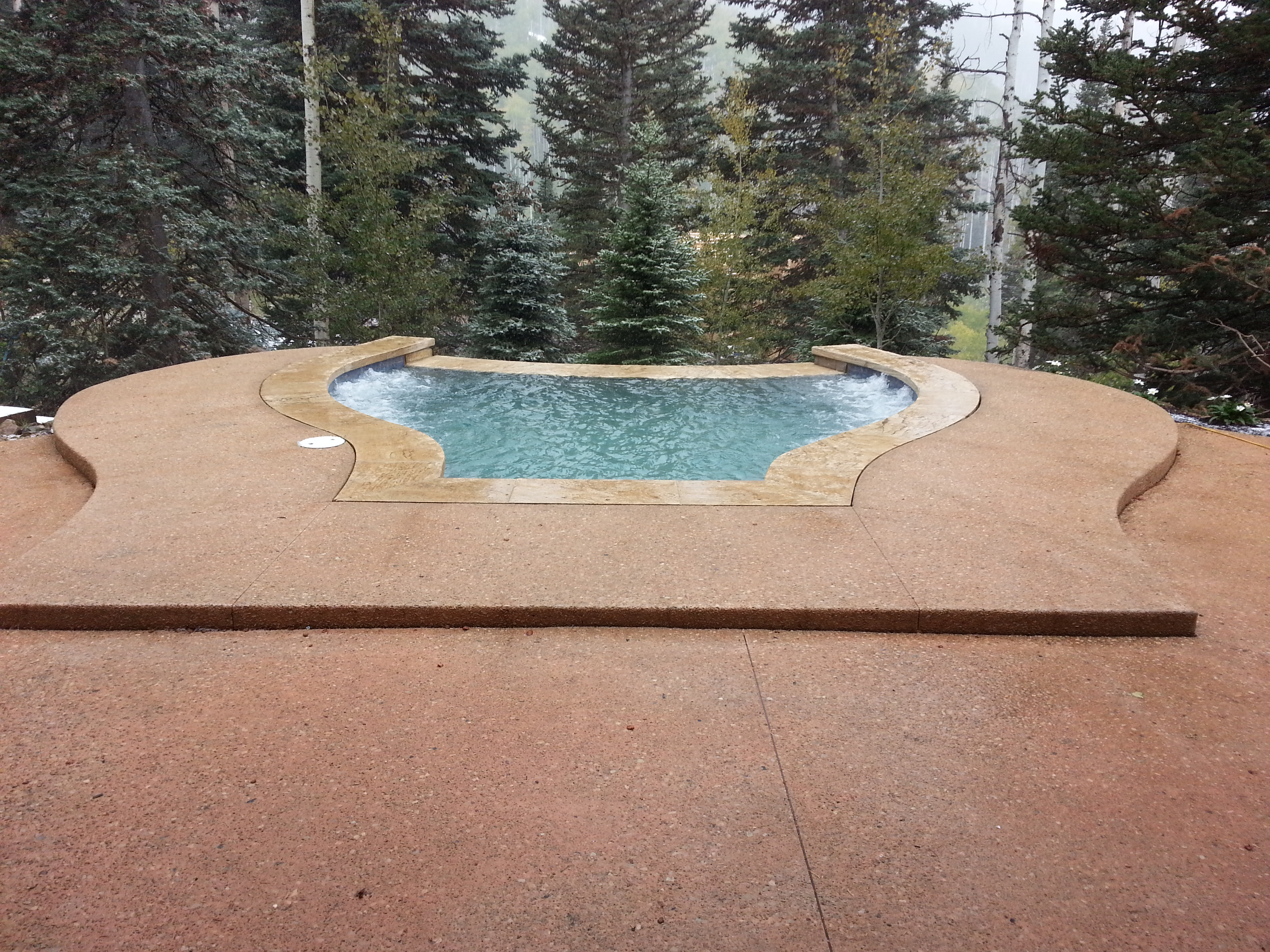 R&M Pools and Spas A Division of Blue Haven Pools & Spas, LLC - ad image