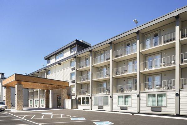 Country Inn & Suites by Radisson, Gatlinburg, TN image 4