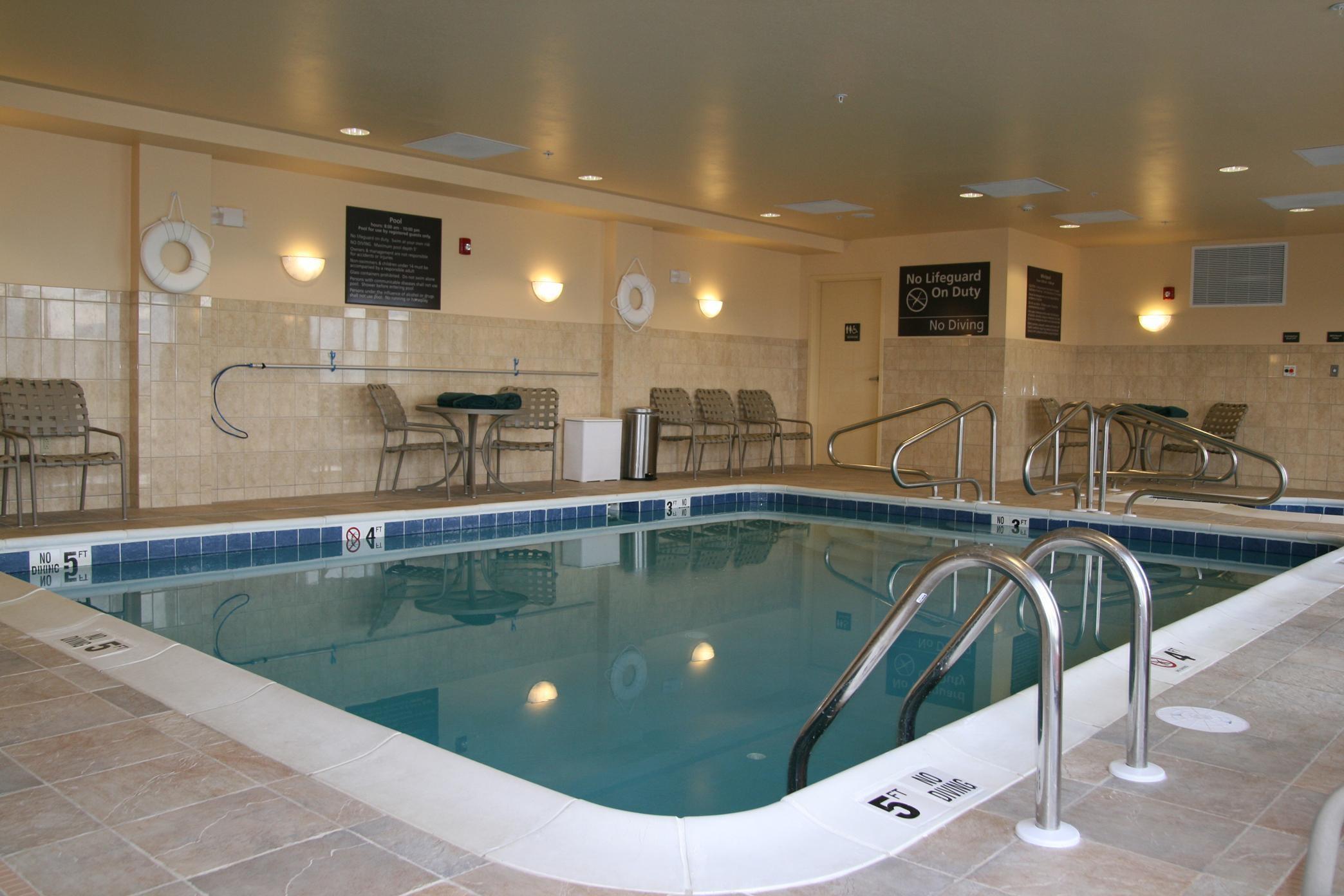 Hampton Inn Elkins image 1