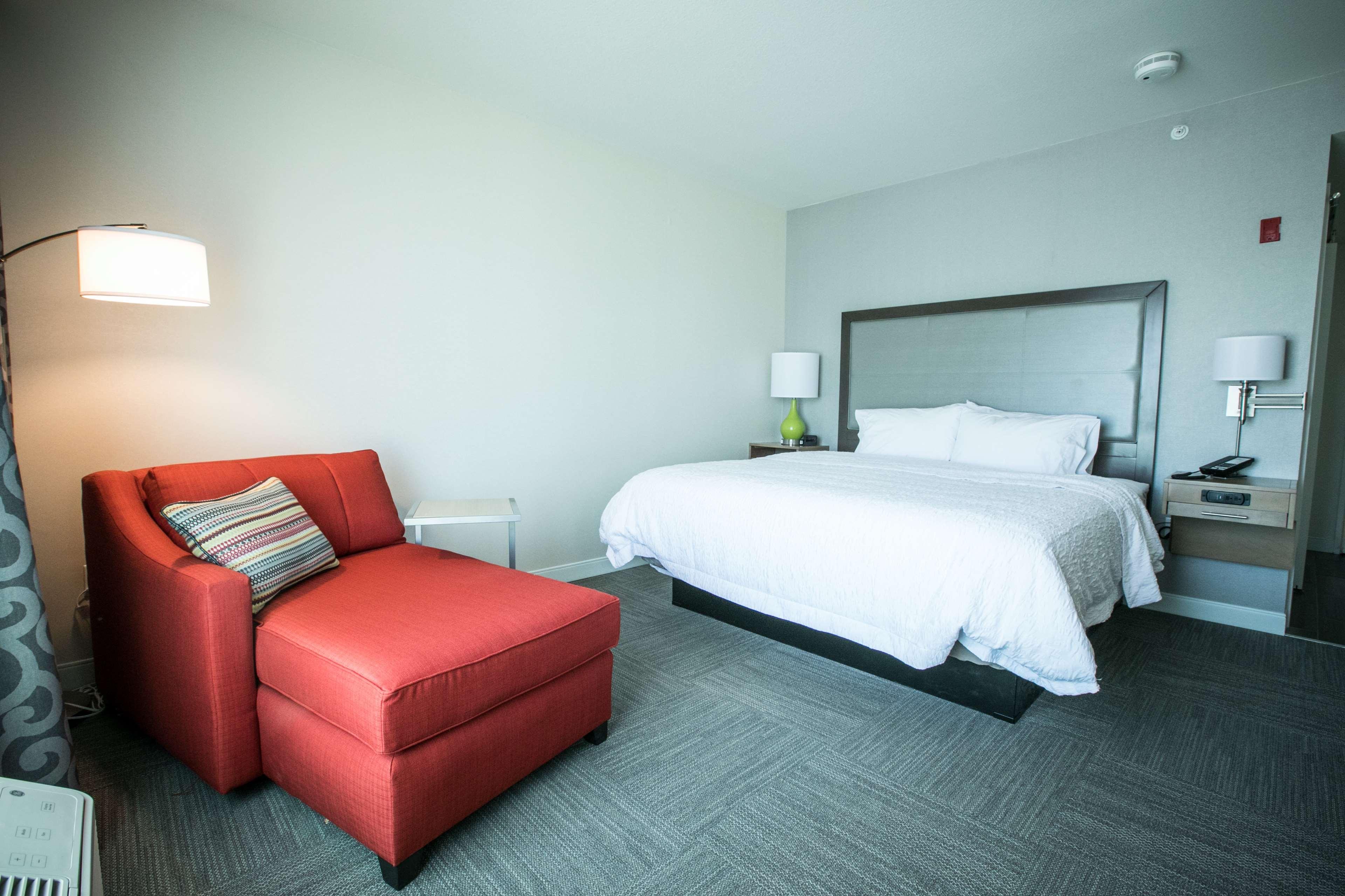 Hampton Inn & Suites Tempe - Phoenix Airport image 26