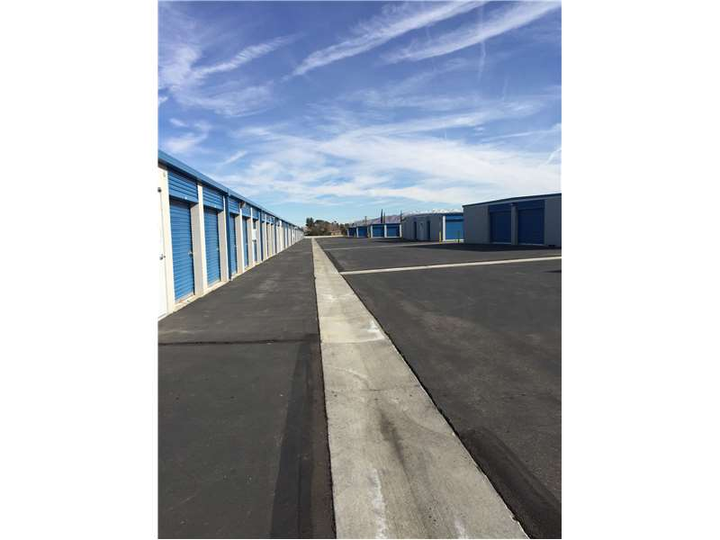 Extra Space Storage In Hesperia Ca 92345 Citysearch