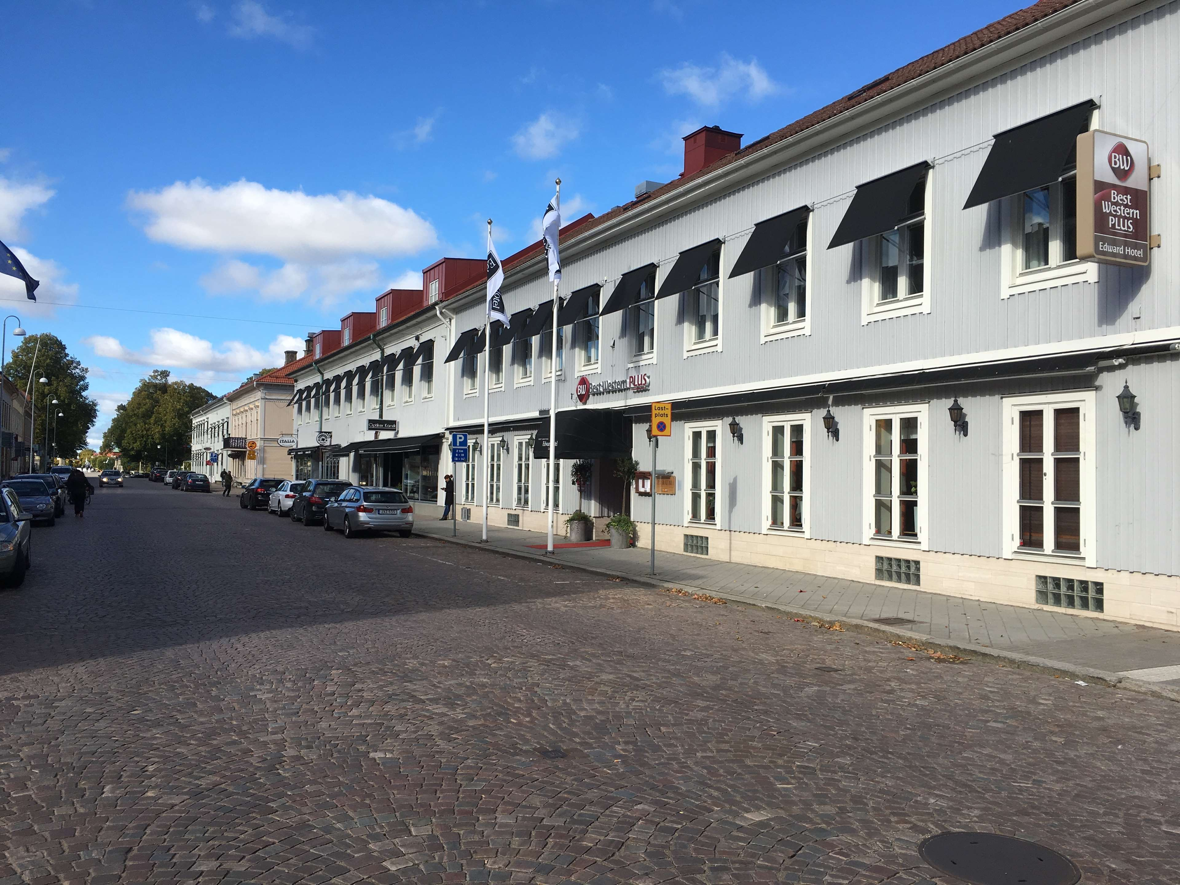 Best Western Plus® Edward Hotel