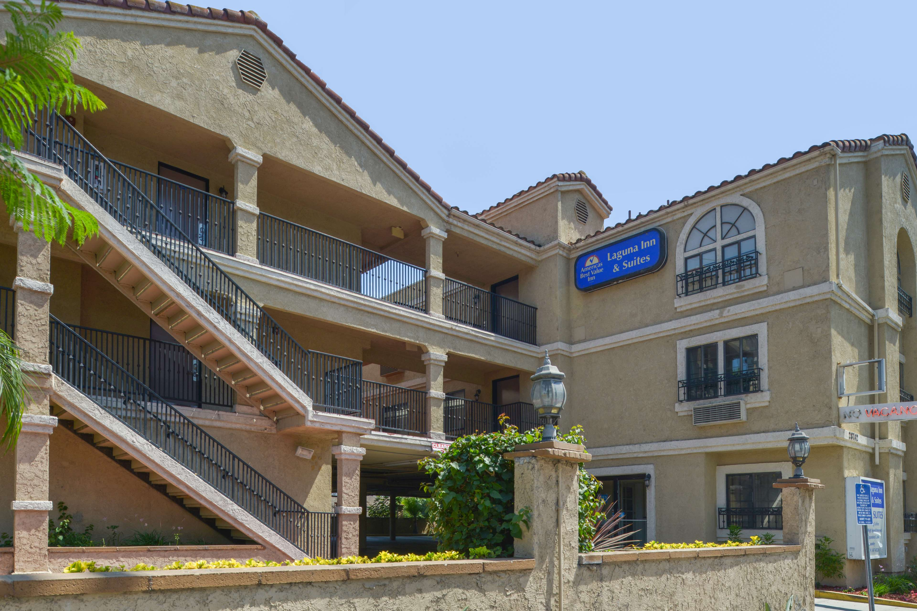 Americas Best Value Laguna Inn & Suites image 0