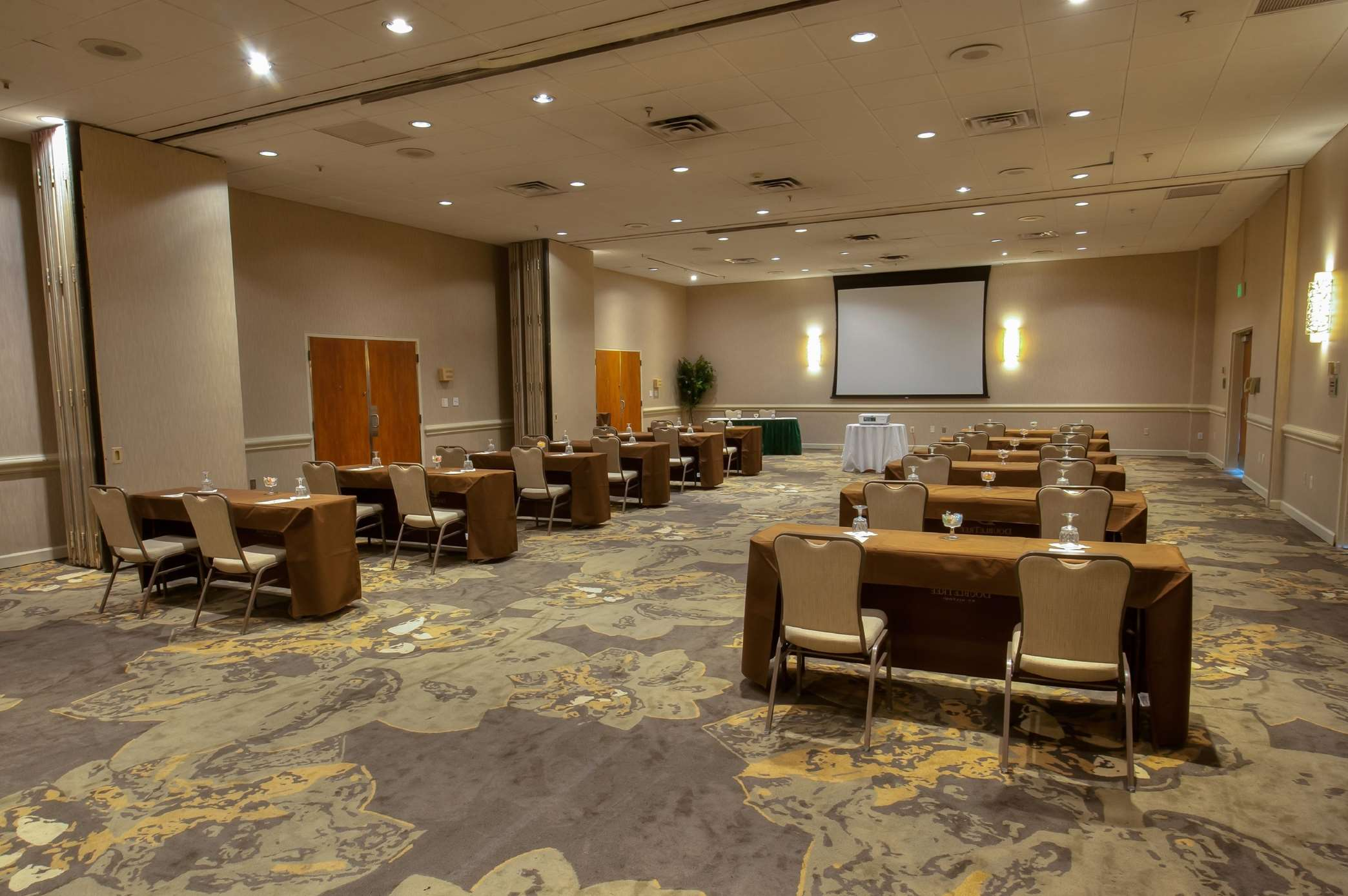 DoubleTree by Hilton Hotel Baltimore North - Pikesville image 30
