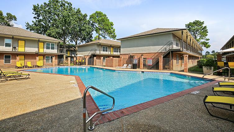 The Hub at Baton Rouge Apartment Homes image 15