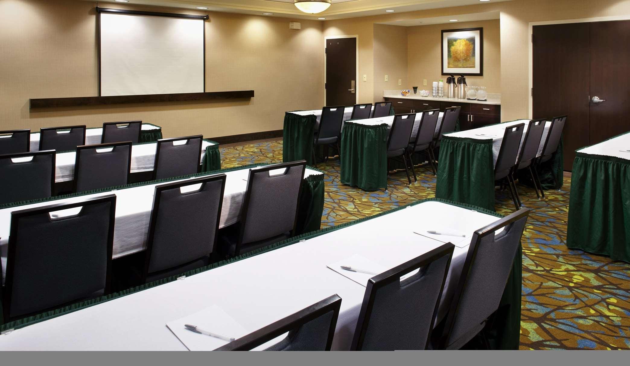 Hampton Inn & Suites Clearwater/St. Petersburg-Ulmerton Road, FL image 8