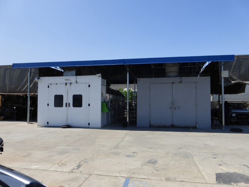San Diego Auto Body and Paint image 17
