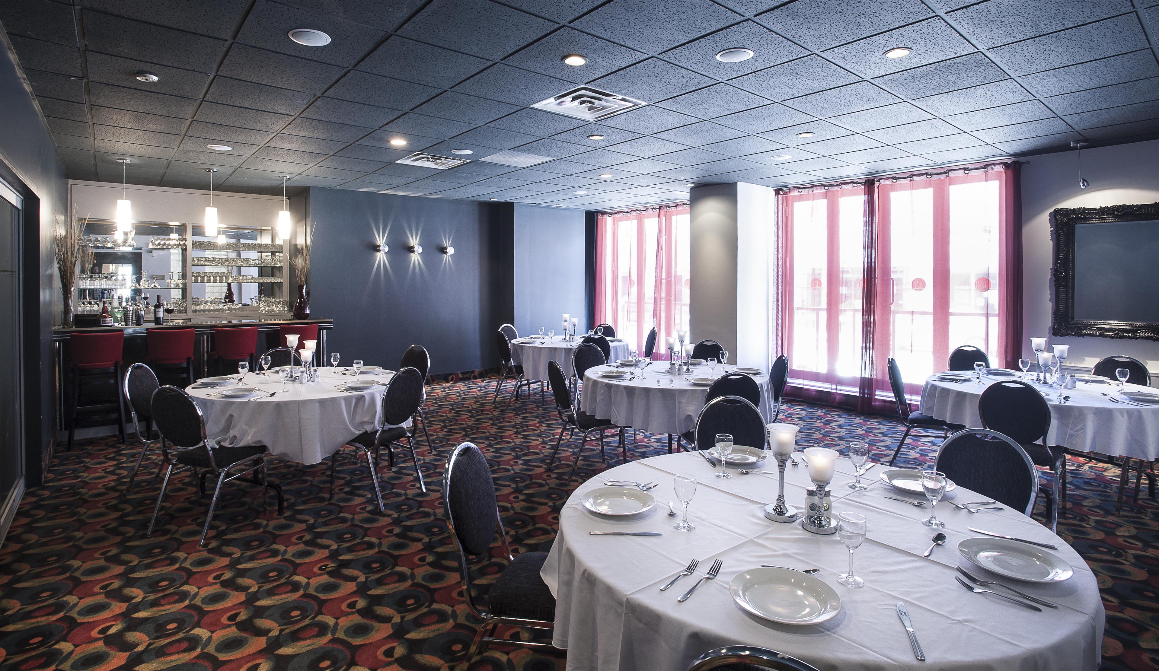Best Western Plus Hotel Albert Rouyn-Noranda à Rouyn-Noranda: Conference Room