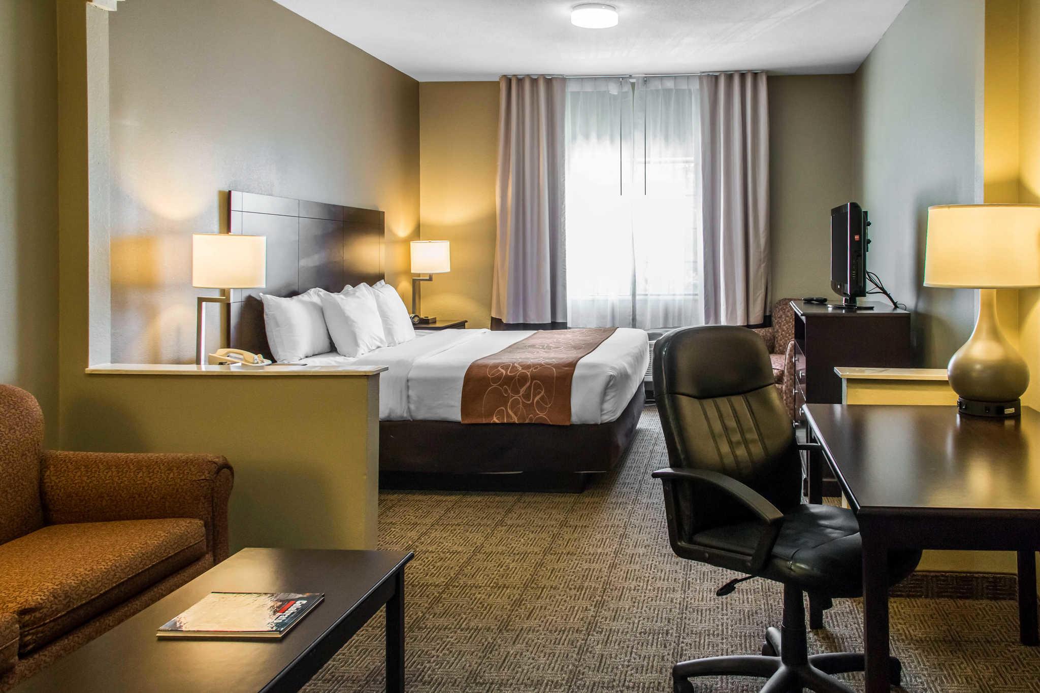 Comfort Suites Round Rock - Austin North I-35 image 24