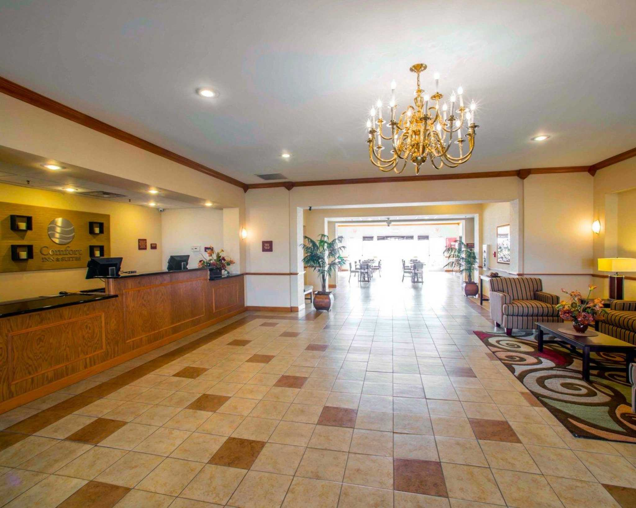 Comfort Inn & Suites Greenville I-70 image 16