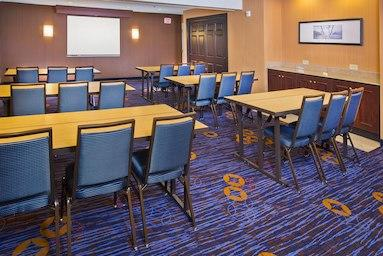 Courtyard by Marriott Tinton Falls Eatontown image 18