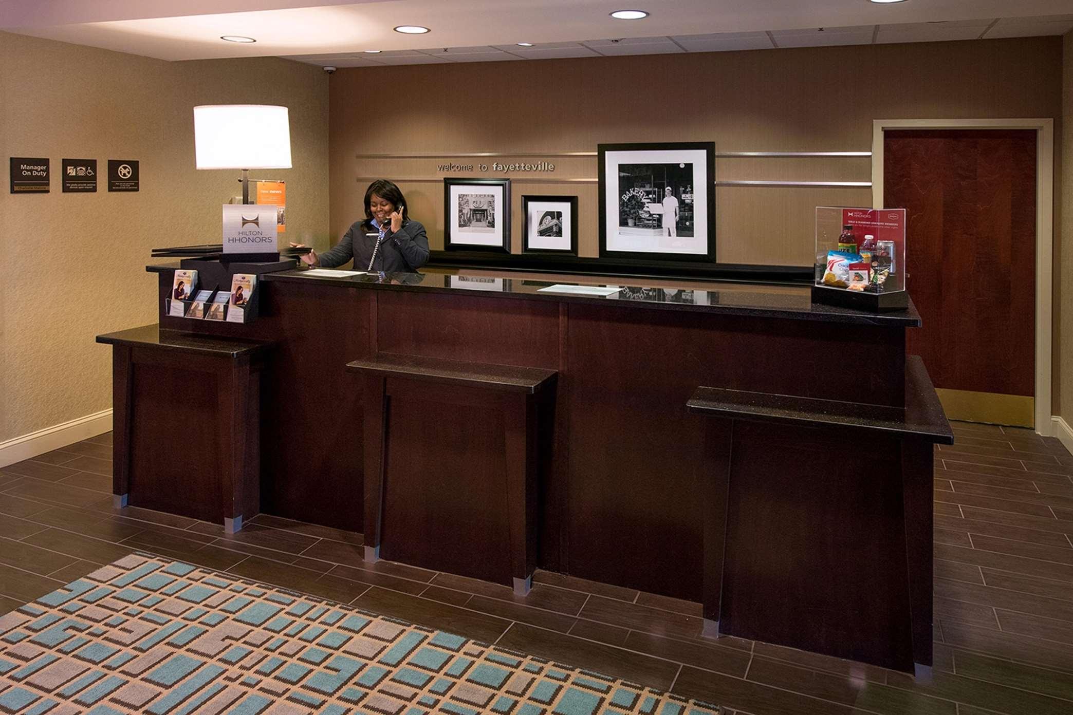 Hampton Inn Atlanta/Fayetteville image 10