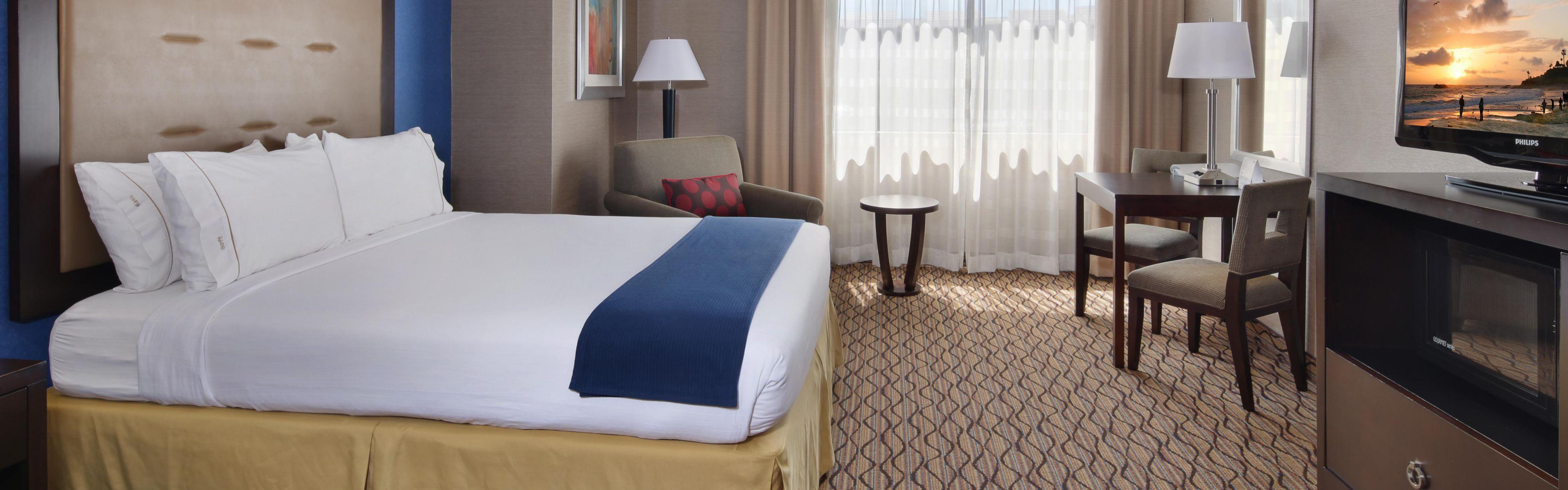 Holiday Inn Express Port Hueneme image 1