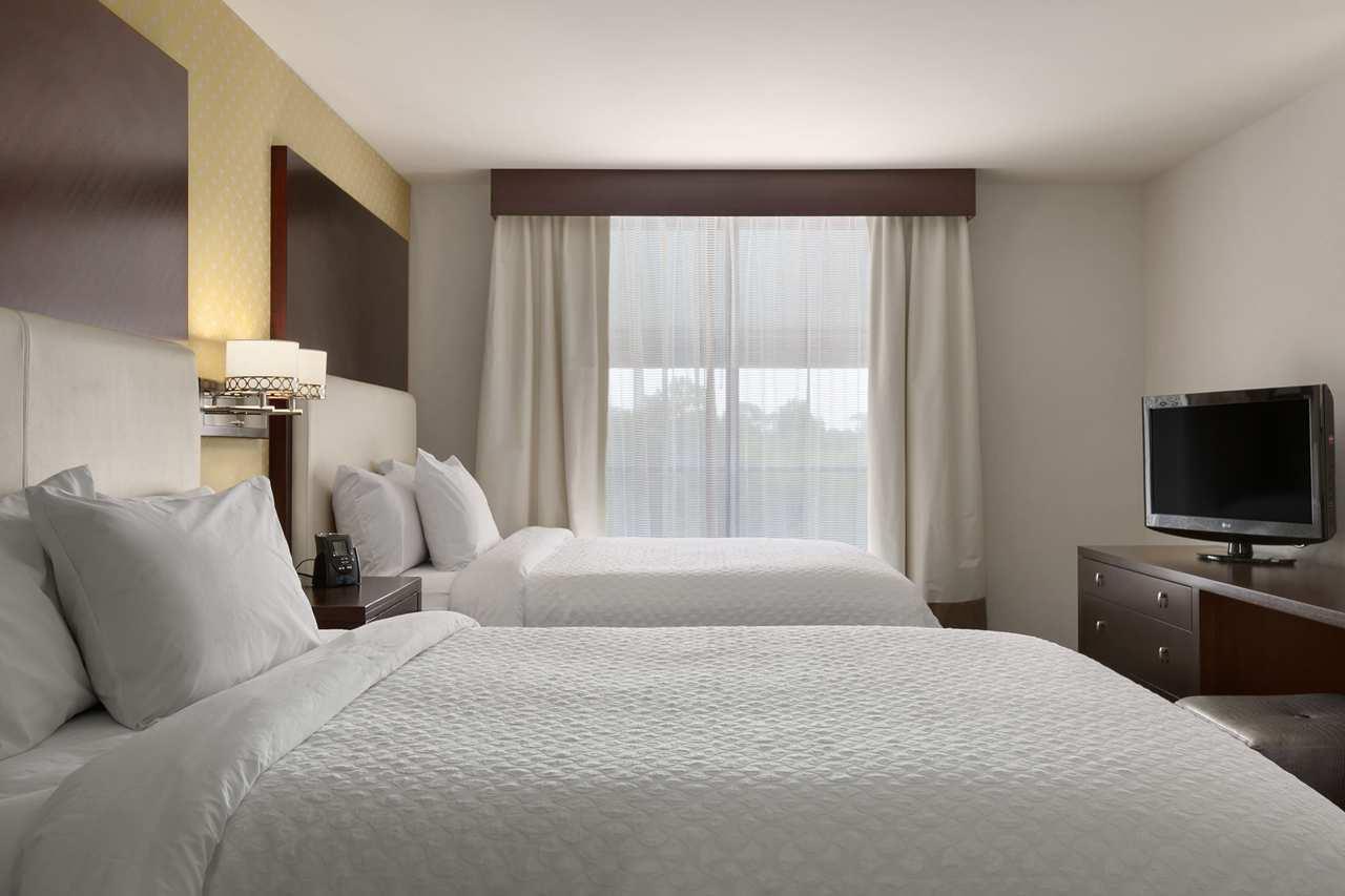 Embassy Suites by Hilton Savannah Airport image 10
