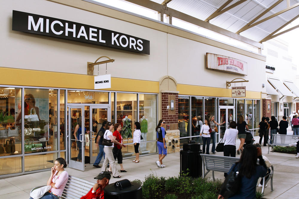 reviews of Fashion Outlets of Chicago