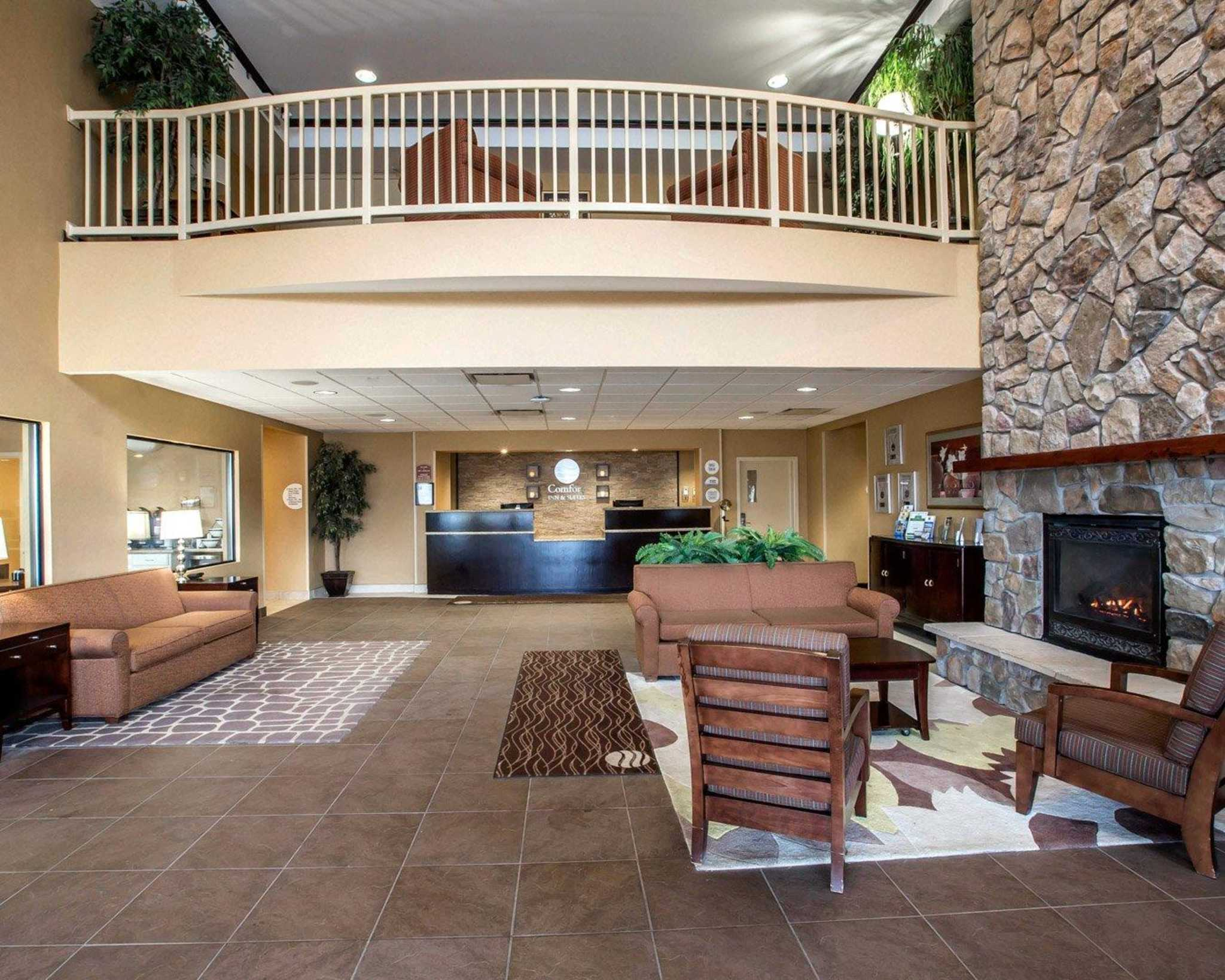 Comfort Inn & Suites adj to Akwesasne Mohawk Casino image 30