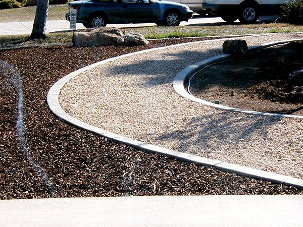 Curbscape Custom Concrete Landscape Borders image 3