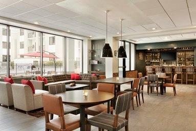 Four Points by Sheraton Raleigh North image 9