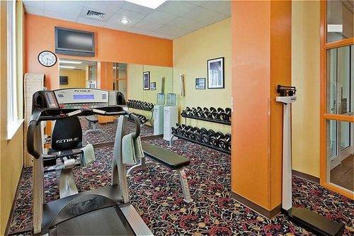 Holiday Inn University Plaza-Bowling Green image 2