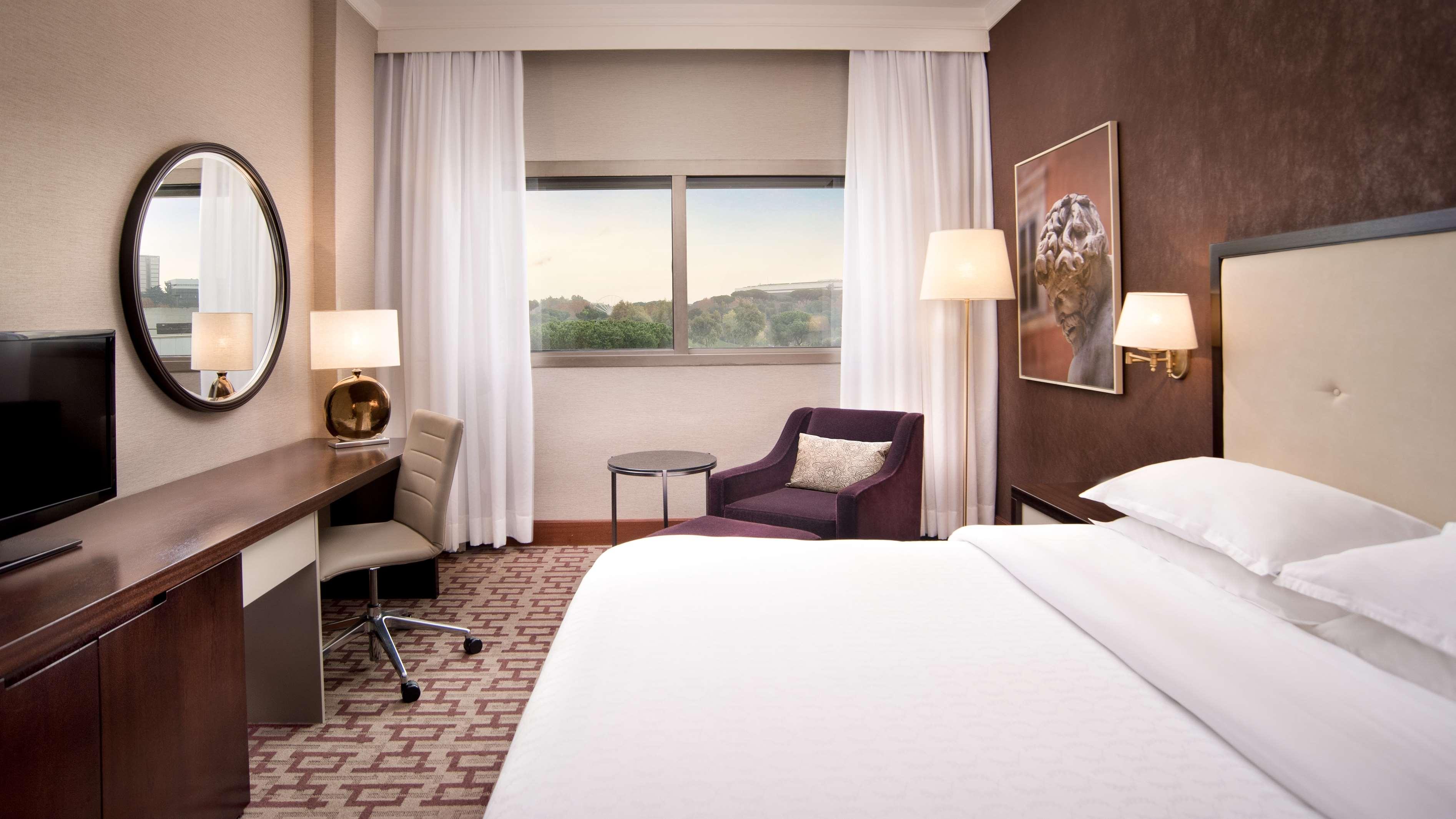 Sheraton roma hotel conference center alberghi for Roma business center