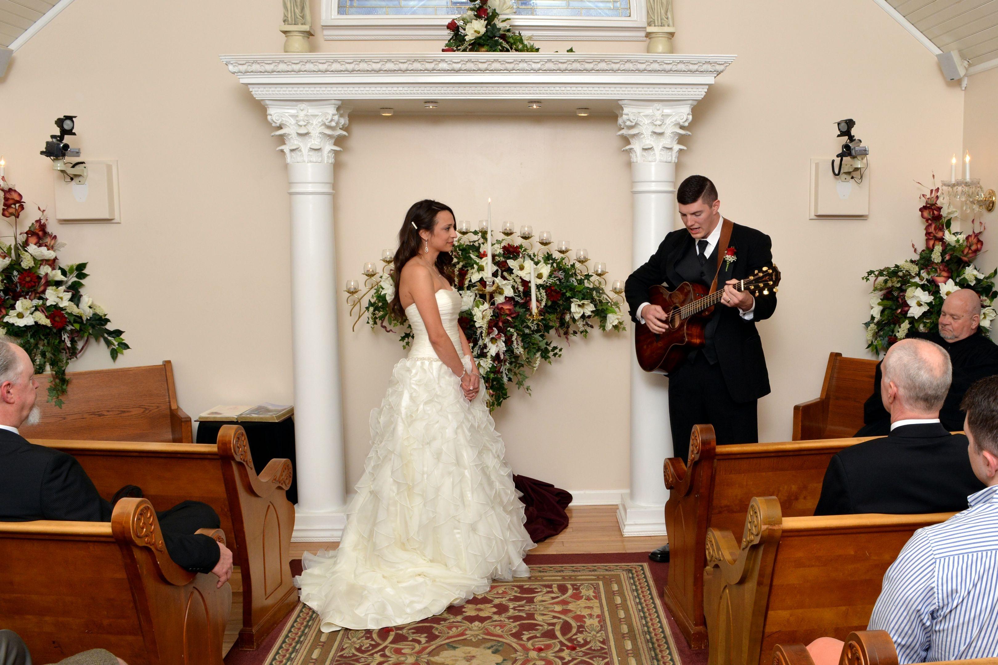 Wedding Chapel at Honeymoon Hills, Gatlinburg Wedding Chapel image 2
