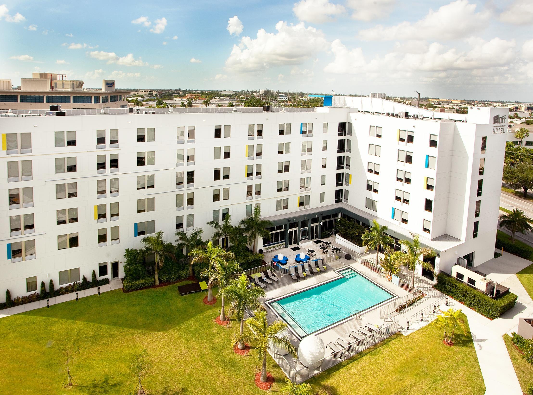 Aloft Miami Doral At 3265 Nw 107th Avenue Miami Fl On Fave