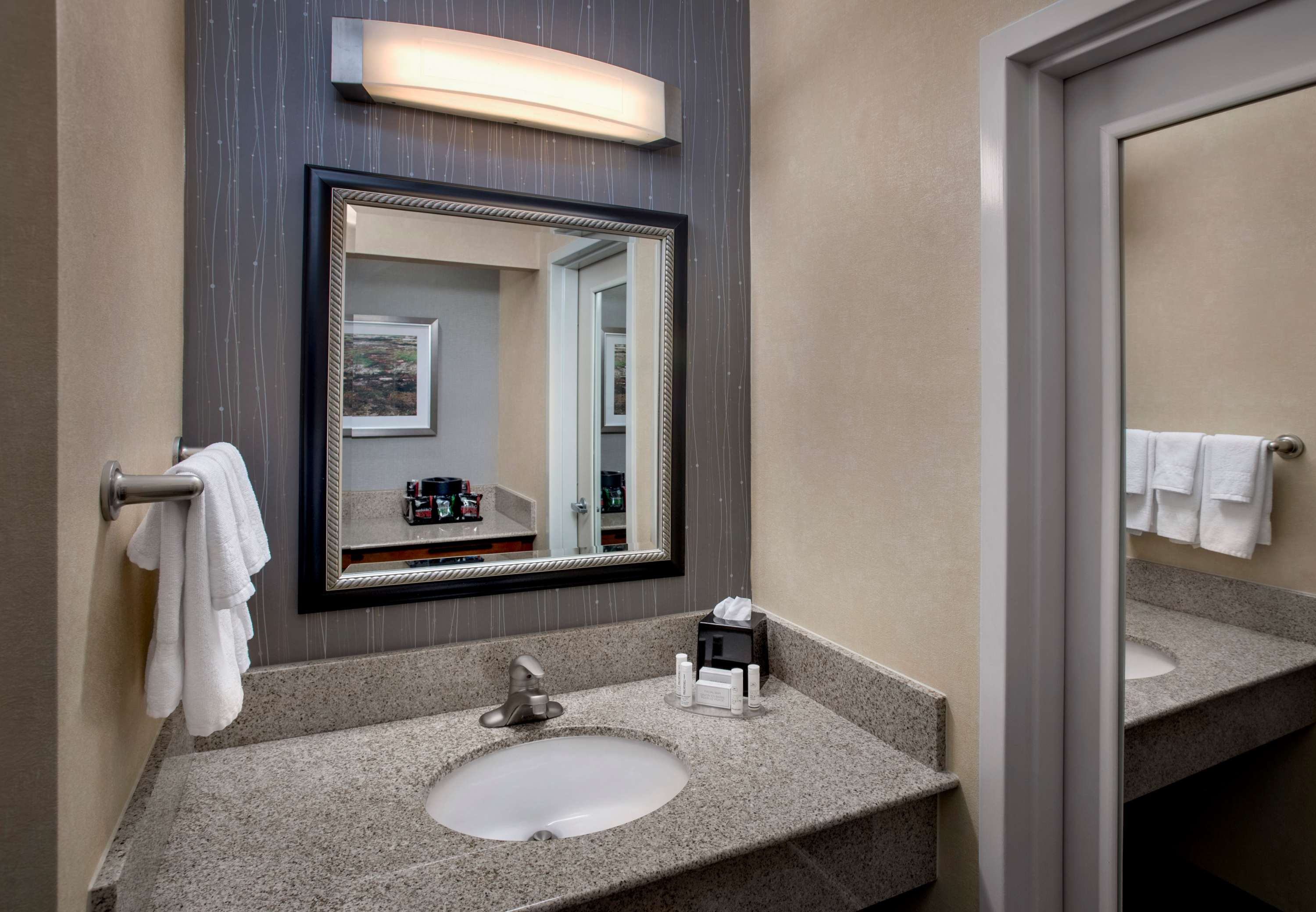Courtyard by Marriott Boston Foxborough/Mansfield image 21