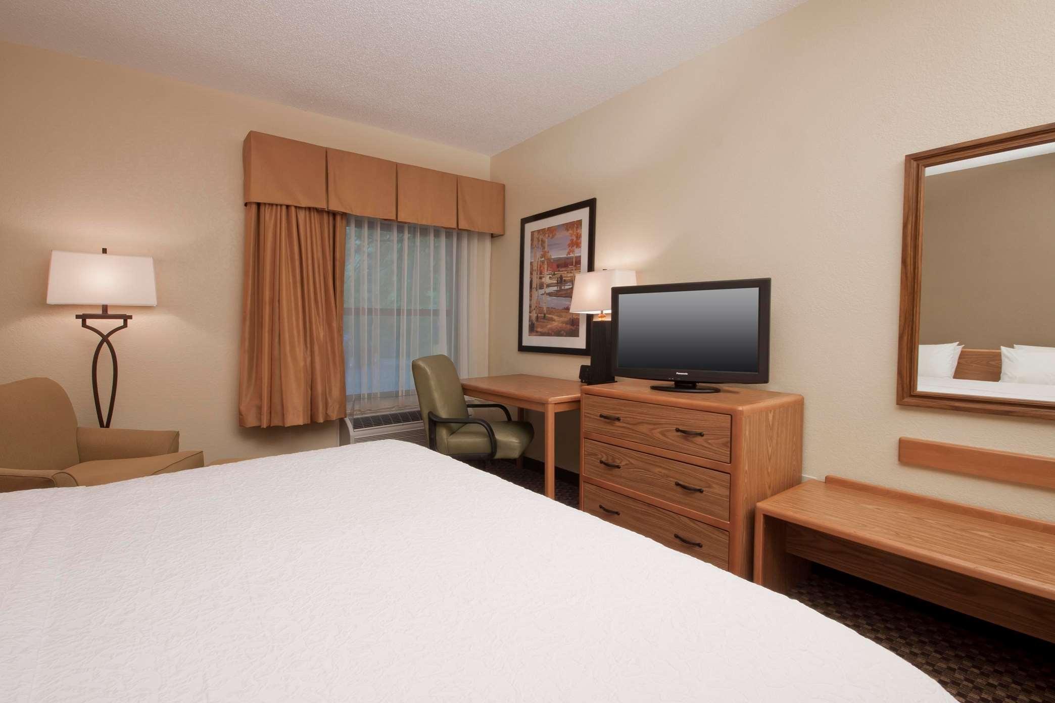KXTD Guest Room